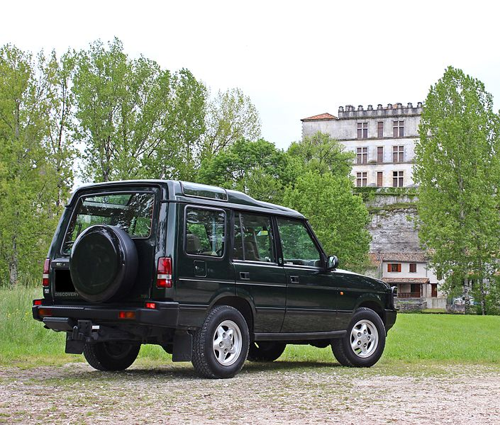 Fichier:Land Rover Discovery 300 tdi arriére.JPG