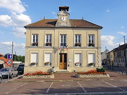 Comment aller à Le Mesnil-Aubry en transport en commun - A propos de cet endroit