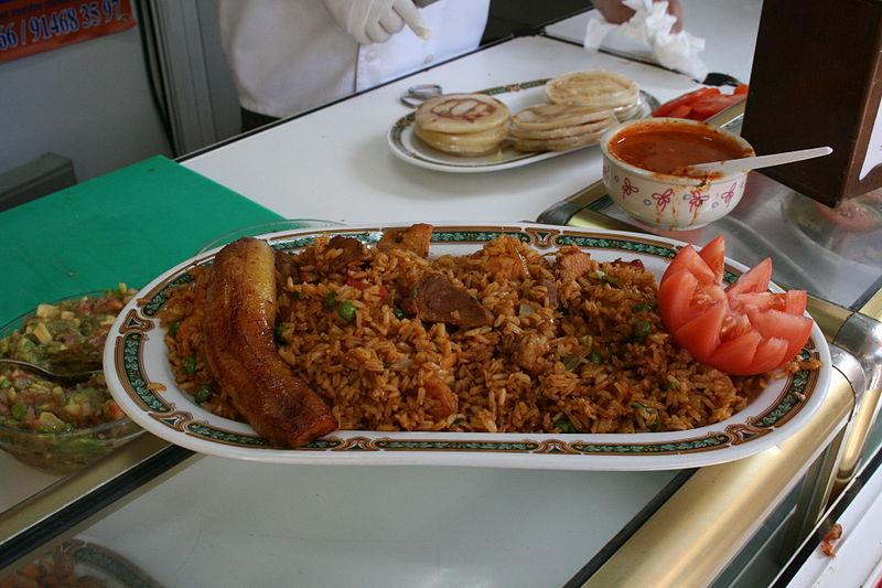 comidas tipicas da colombia para almoço