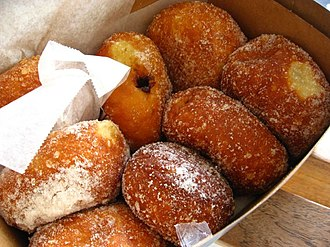 Portuguese immigration to Hawaii - Malasadas are a popular Hawaiian pastry first made in the Madeira islands.