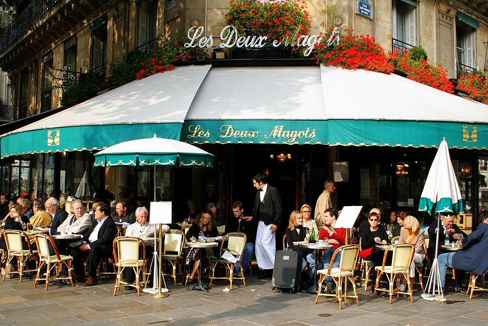 """The """"Deux Magots"""" cafe"""