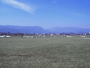 Lesce-Bled Airport - Image: Letalisce Lesce 1