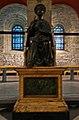 Liège, Collégiale St-Denis, statue de Saint-Pierre.JPG