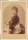 Liliuokalani, photograph by Menzies Dickson, National Portrait Gallery, Smithsonian Institution.jpg