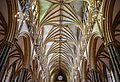 Lincoln cathedral (15717045636).jpg