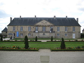 gite and self catering holidays  close to Le Musée de Normandie