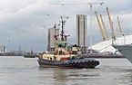 "London MMB »146 River Thames and ""Svitzer Cecilia"".jpg"