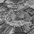 Luchtfoto van de burg bij Burgh vanuit het zuiden - Burgh - 20045944 - RCE.jpg