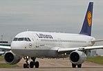 Lufthansa, Airbus A320-211, D-AIPY (36571026145).jpg