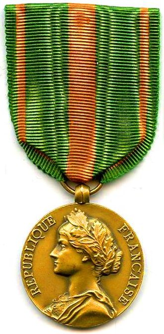 Escapees' Medal - Image: Médaille des Évadés France AVERS