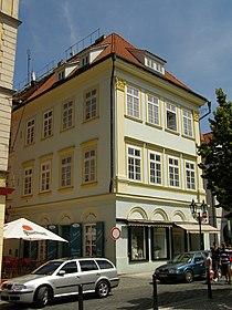 Měšťanský dům (Staré Město), Praha 1, Rytířská, Uhelný trh, V Kotcích 1, Staré Město.JPG