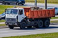 MAZ-5516 dump truck in Minsk 1.jpg