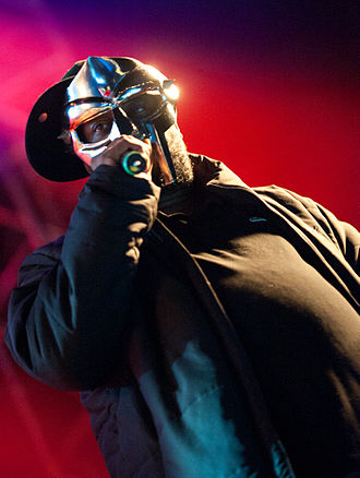 MF Doom - Image: MF Doom Hultsfred 2011 (cropped)