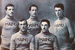 Maino squad of the 1913 Giro d'Italia.jpg