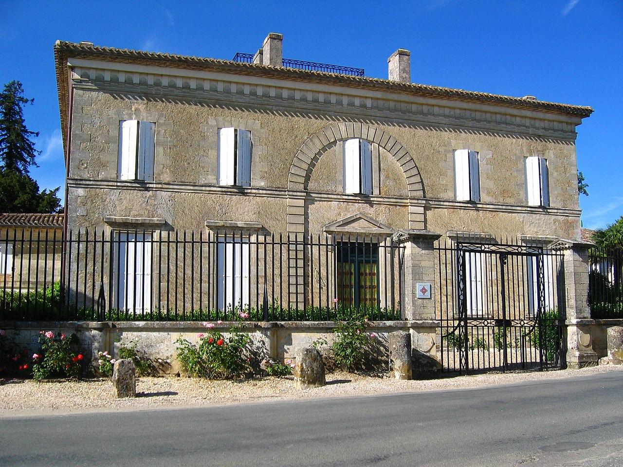 File maison rateau ou maison bouliac langoiran for Maison atypique gironde