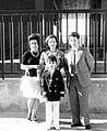 Mamá, Loli, Ángel y yo (2571824947).jpg