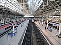 Manchester Piccadilly railway station interior (1).jpg