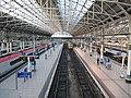 Manchester Piccadilly railway station interior (1).jpg