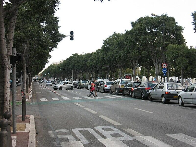 800px-Marseille_Avenue_du_Prado.jpg