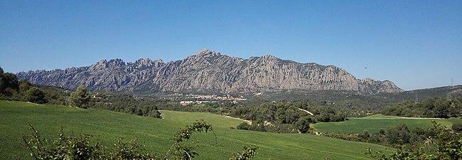 Massís de Montserrat sud.jpg