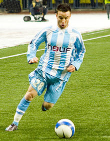 http://upload.wikimedia.org/wikipedia/commons/thumb/6/64/Mathieu_Valbuena_in_Moscow.jpg/220px-Mathieu_Valbuena_in_Moscow.jpg