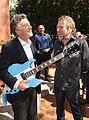 Mauricio Macri con Robert Plant, Huesped de Honor de la Ciudad (8148740067).jpg