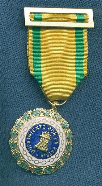 Mohamed Meziane - Image: Medalla de sufrimiento por la patria