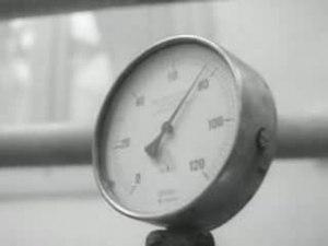 File:Melkoorlog Weeknummer 68-22 - Open Beelden - 15290.ogv