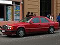 Mercedes Benz 300 E 1987 (14374943701).jpg