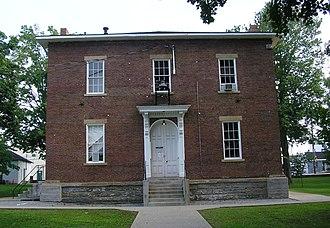 Metcalfe County, Kentucky - Image: Metcalfe County Kentucky courthouse