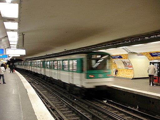 Metro de Paris - Ligne 2 - Charles de Gaulle - Etoile 01