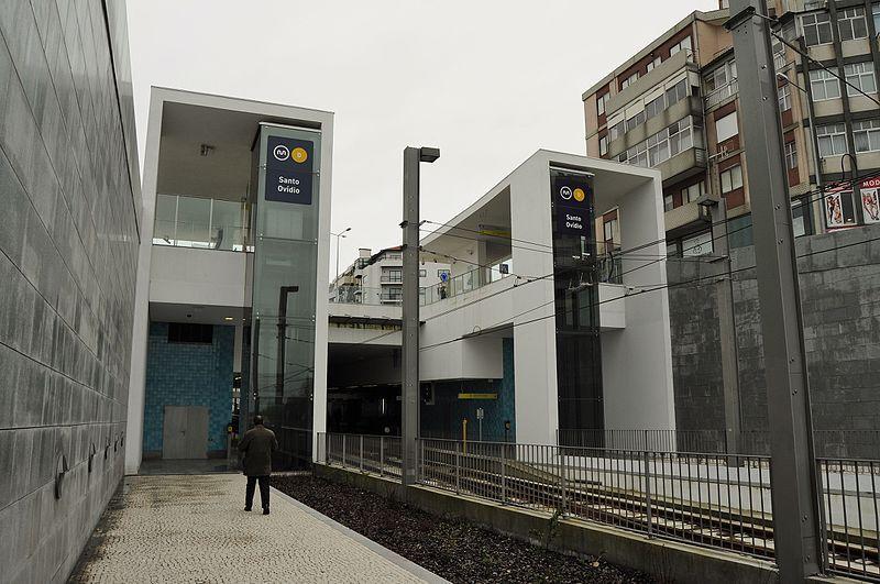 File:Metro do Porto - Santo Ovídio (8675505219).jpg
