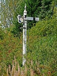 Midland Railway Stop signal (6094231984).jpg