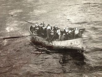 HMS Vanquisher (D54) - Survivors from Mona's Queen following her sinking at Dunkirk about to be rescued by Vanquisher
