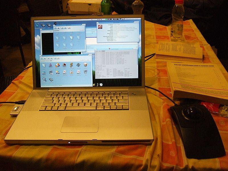 File:MorphOS, Apple PowerBook.jpg