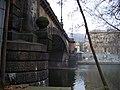 Most Legií a Malostranské nábřeží, ze Střeleckého ostrova.jpg