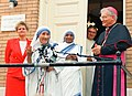 Mother Teresa and Cardinal Keeler.jpg