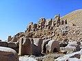 Mount Nemrud Tomb-sanctuary - panoramio (1).jpg