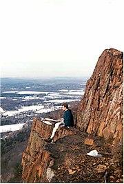 Mount Tom Massachusetts.jpg