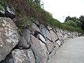 Muro de piedra junto al Ebro.JPG