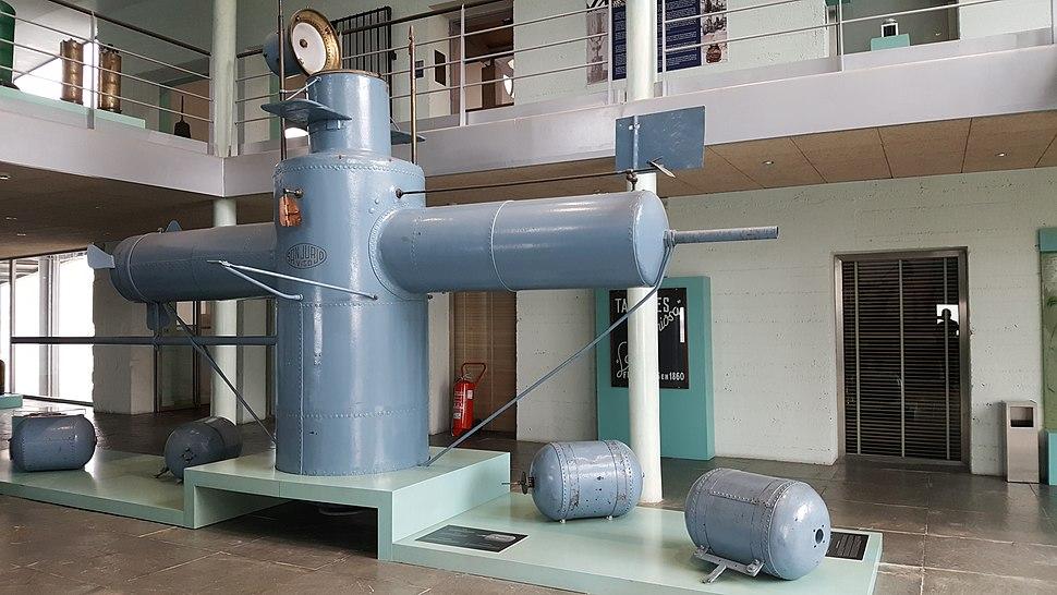 Museo do mar de Galicia - lanzatorpedos de Sanjurjo Badía