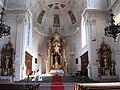 Neue Pfarrkirche St. Margaret Innenraum Muenchen-2.jpg