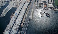 New Al Garhoud Bridge on 18 October 2007 Pict 3.jpg