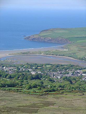 Newport, Pembrokeshire - Image: Newport From Carningli