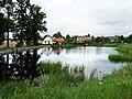 Neznašov čp 4 přes rybník.jpg