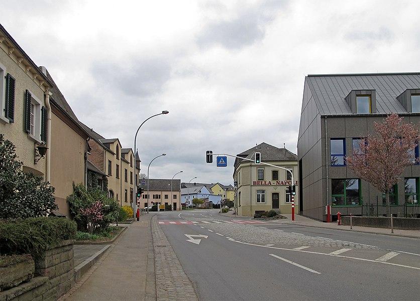 Route de Bastogne in Niederfeulen (N15)