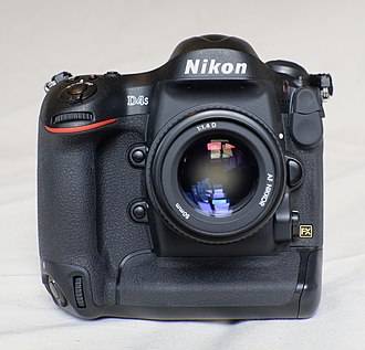 Nikon D4S - Image: Nikon D4S Front DS7 4250 PK