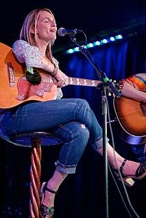 Nina Gordon American musician