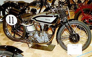 Norton International M30 500 cc OHC Racer 1937.jpg