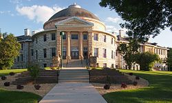 Noyes Hall 2013.jpg